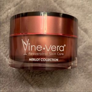 Vine Vera Nourishing Night Cream NEW